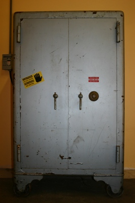 Old Mosler Safe manipulated open by Bill Kushnick, owner Bill's Lock, Safe & Security